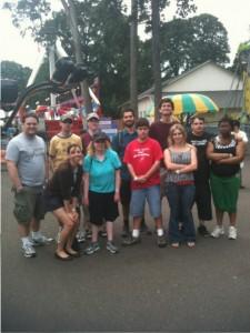 Участники Клуба Impact отмечают в Oaks Park
