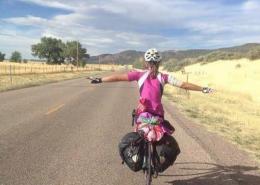 Сотрудник Impact NW Бриттани планирует проехать 500 миль по всему Тихоокеанскому северо-западу, чтобы собрать деньги для школы Бакман САН